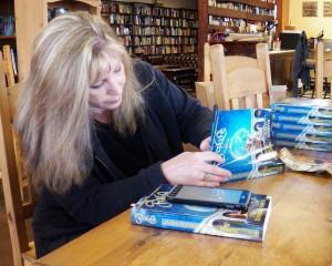 Lisa Fender Signing Books